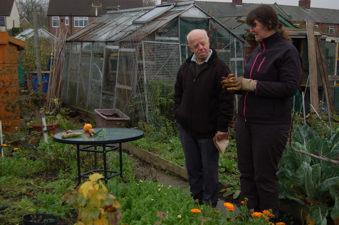 Bill and Jan talking together on Whancliffe Allotments Plot No.15